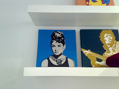 Audrey Hepburn print on a shelf