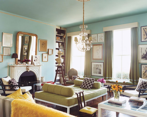 An apartment decorated by Sara Ruffin Costello for now-defunct Domino Mag