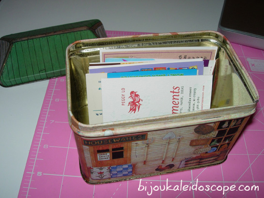 Repurposing an old cookie tin as my own rolodex DIY