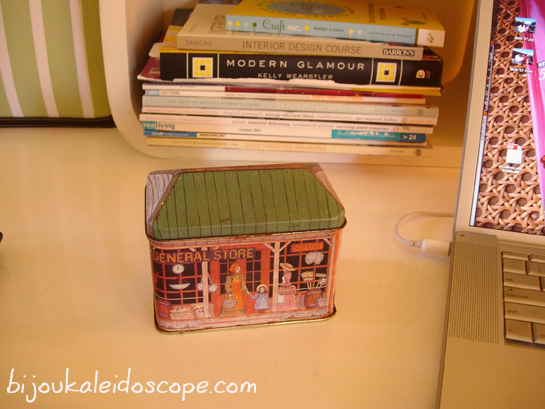 My repurposed old cookie tin business card rolodex DIY closed