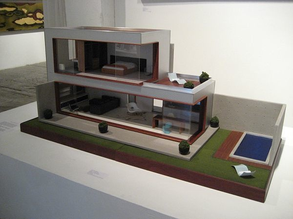 "The M112 Pod dollhouse, via <a href=""http://minimodern.blogspot.com/2008/11/m112-pod-house.html"">Mini Modern</a>"