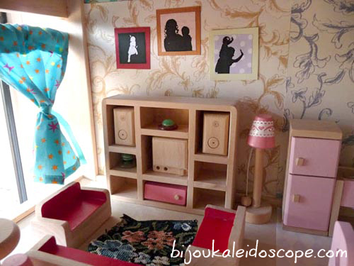 Custom silhouettes for our living room in the dollhouse