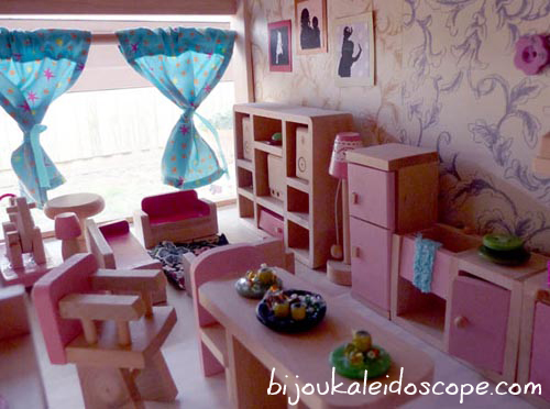 The Living space in our dollhouse