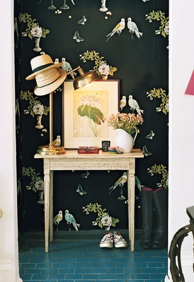 A little corner with dark wallpaper, Rita Konig's home