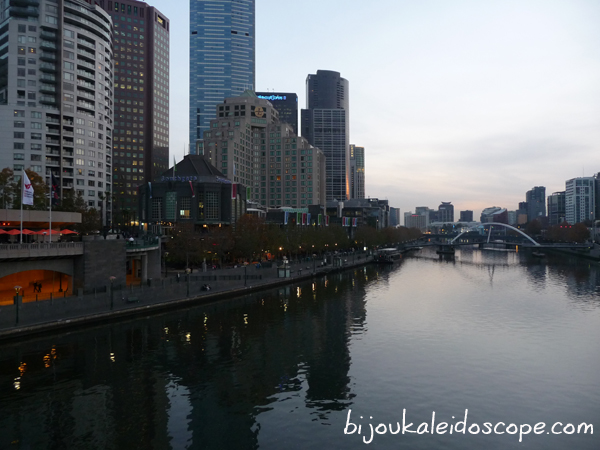 The Yarra River in Melbourne at night