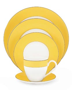 Kate Spade's Rutherford circle yellow dinnerware