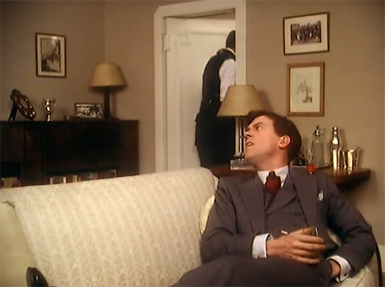 Entrance into Wooster's bedroom, Jeeves & Wooster