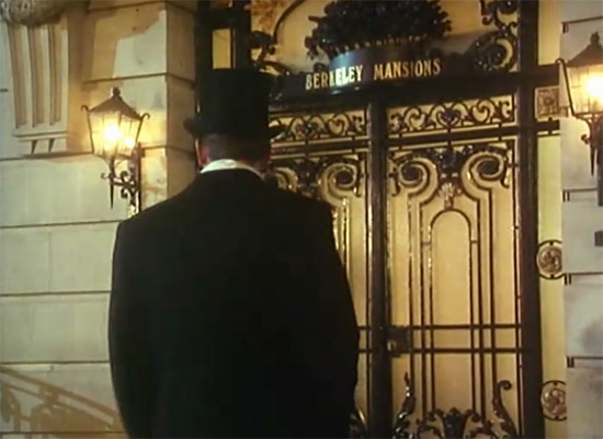 Entrance door to Wooster's apartment building, Jeeves & Wooster