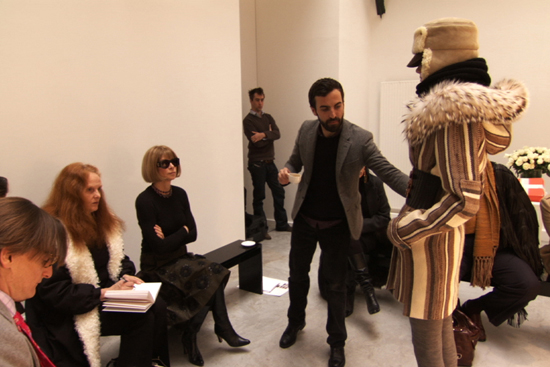 Anna Wintour checking out outfits to be included in Vogue, The September Issue
