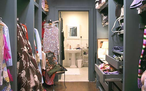 Sex and the City's Carrie's old walk-in closet