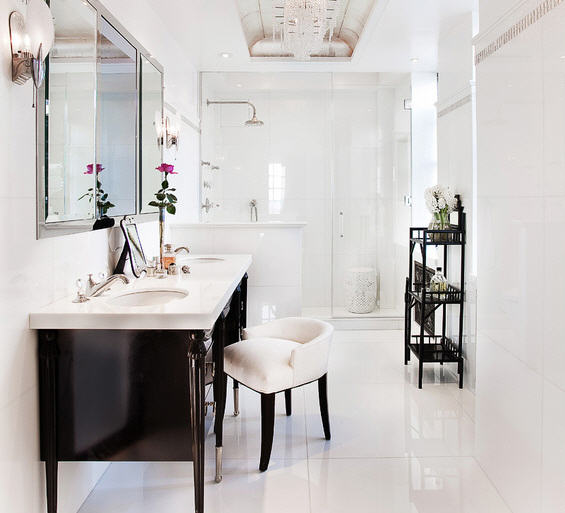 Candia Fisher's bathroom, via Aman & Carson