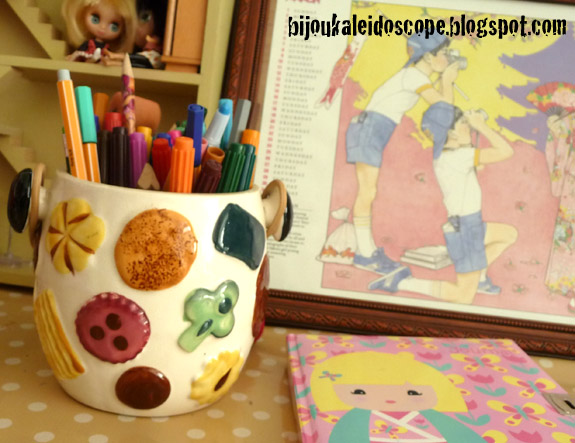 Vintage cookie jar as pencil holder