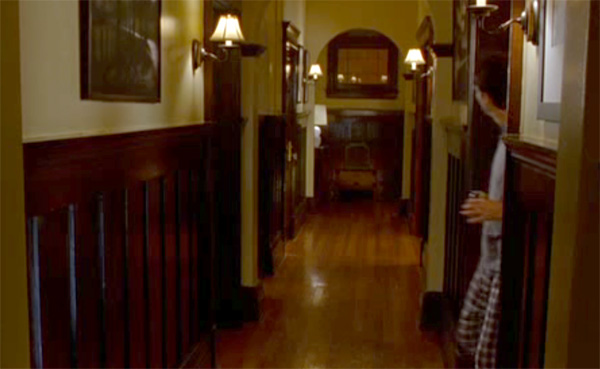 Hallway, Elizabeth's apartment, Just Like Heaven