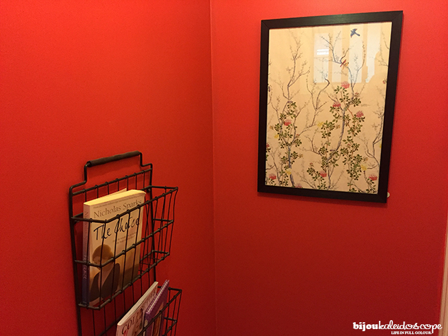 The toilet area, also lipstick red with my magazine rack with my V&A print @bijoukaleidoscope