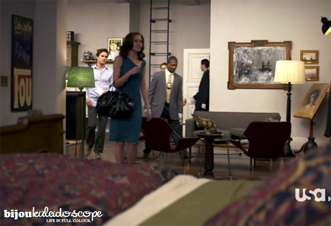 Leda again in a scene with Sara and Neal, White Collar @bijoukaleidoscope