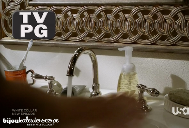 The bathroom mirror detail in Neal Carrey's apartment, White Collar @bijoukaleidoscope