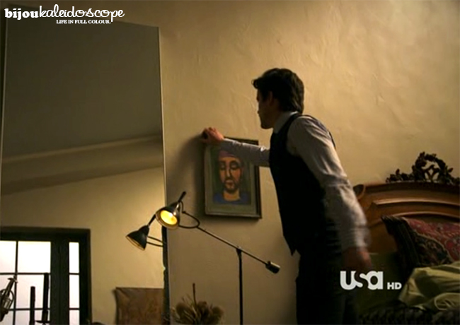 Hidey hole behind ugly man painting, White Collar @bijoukaleidoscope
