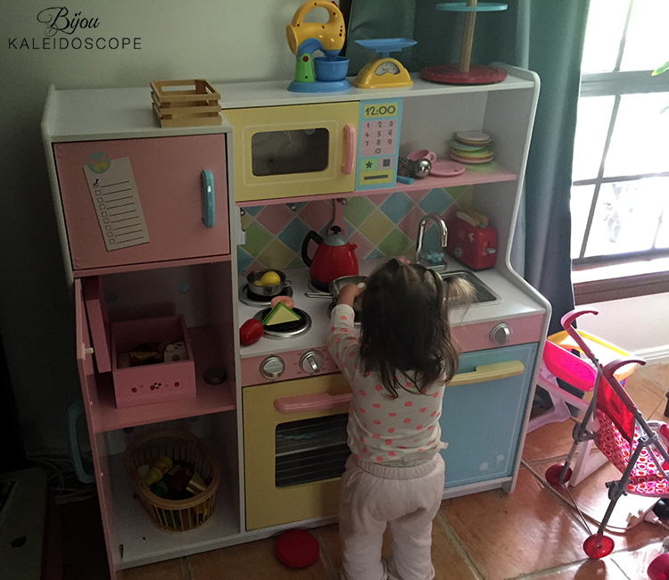 The new-to us toy kitchen