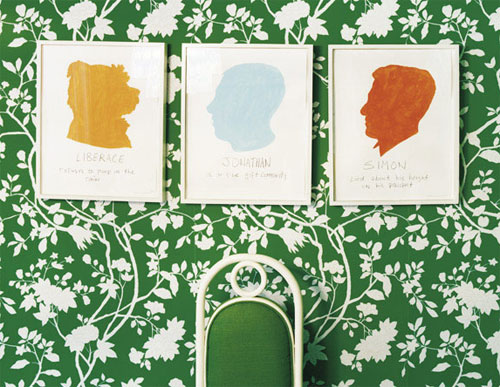 Verdant/Kelly green and white floral wallpaper