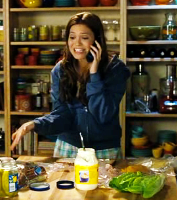Mandy Moore in the kitchen, Because I Said So