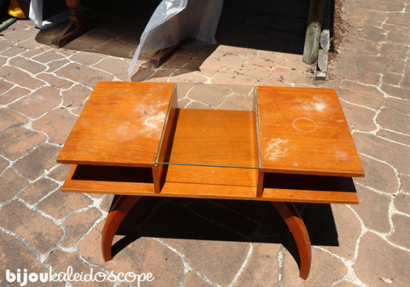 The mid century coffee table my husband scored for his DIY-loving wife