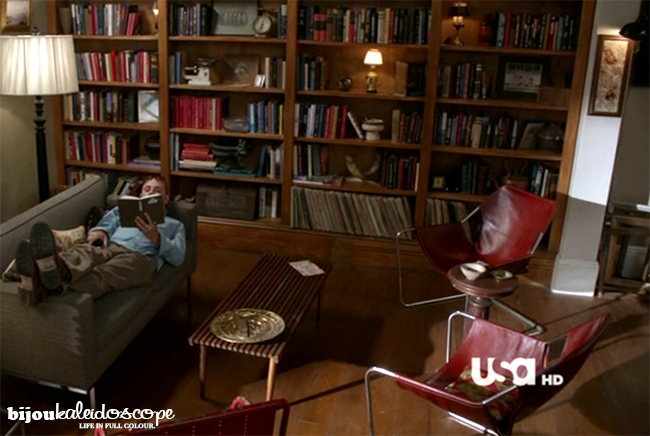 The red leather armchairs in Neal Caffrey's living room @bijoukaleidoscope